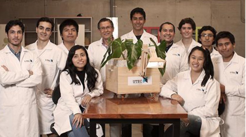 The UTEC Team who developed this Light.